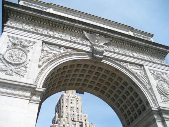 Washington-Square-Arch-underneath.jpg